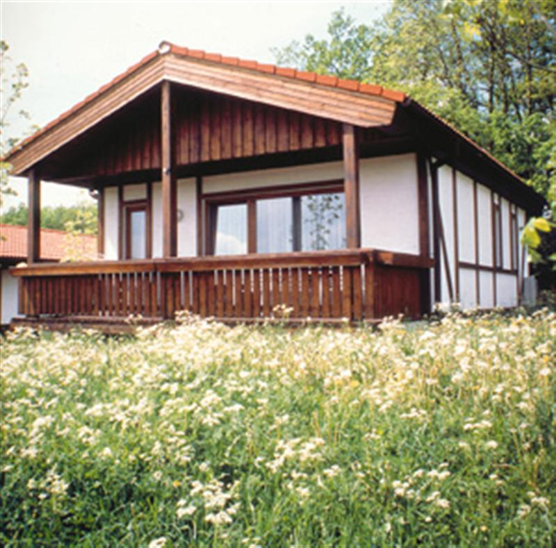 Bungalow Aussen (Medium)